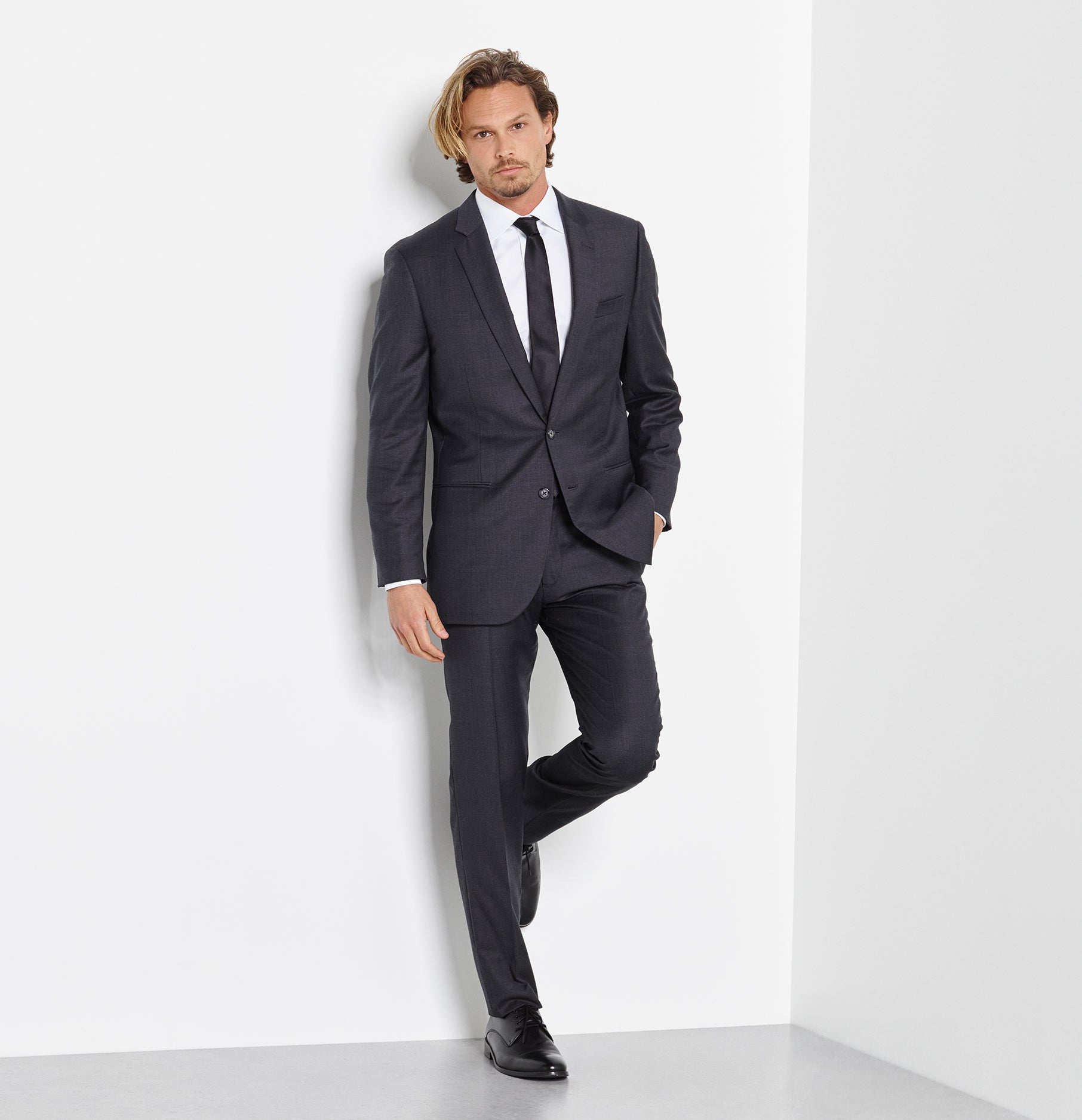 Suits For Wedding.Charcoal Suit